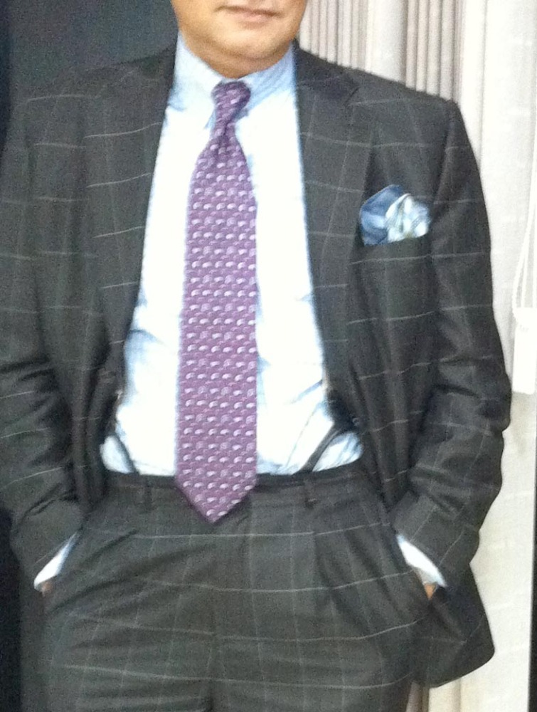 The tie knot (2/6)