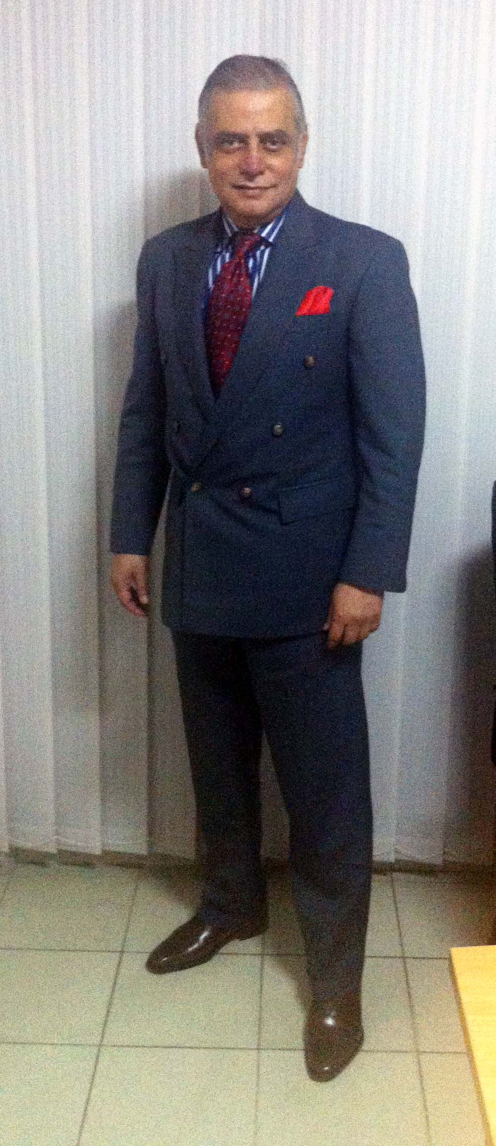 Ash-gray double-breasted suit (6X1) – This is a blog about men's style