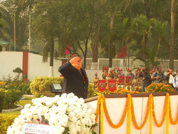 Wreath laying by Gen Jacob