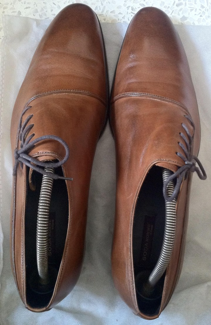 Brown Light Side-lacing Oxford