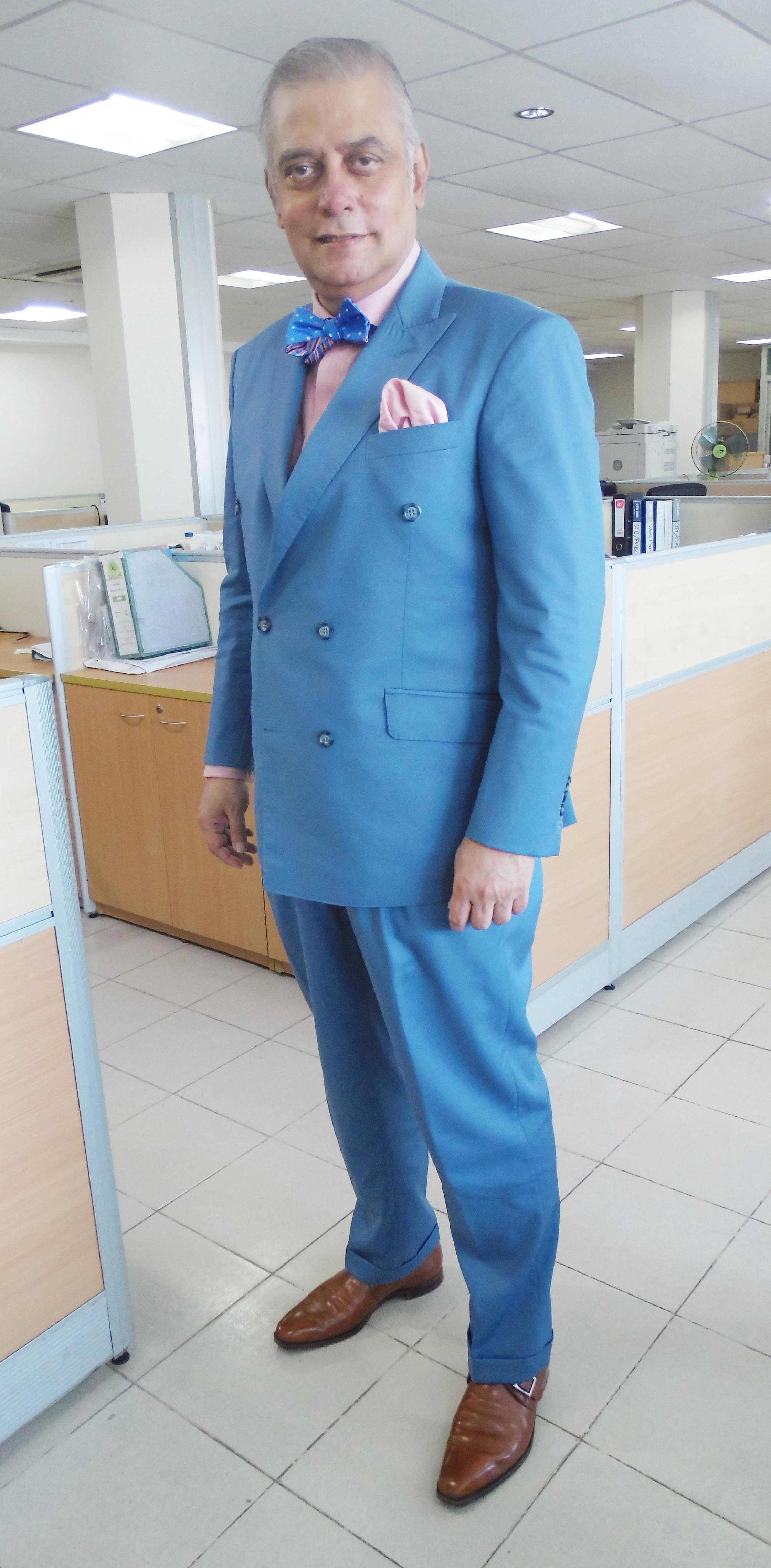 Micro-Fibre light blue double-breasted suit