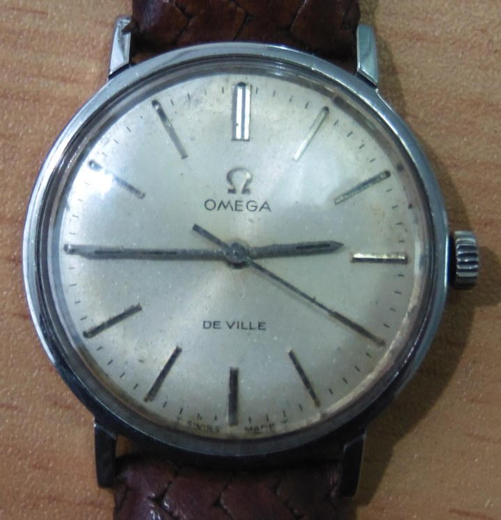 Omega De Vile manual winding
