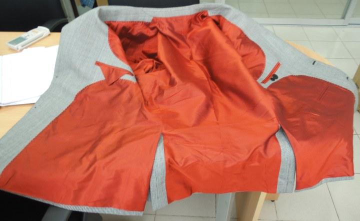 100% silk lining
