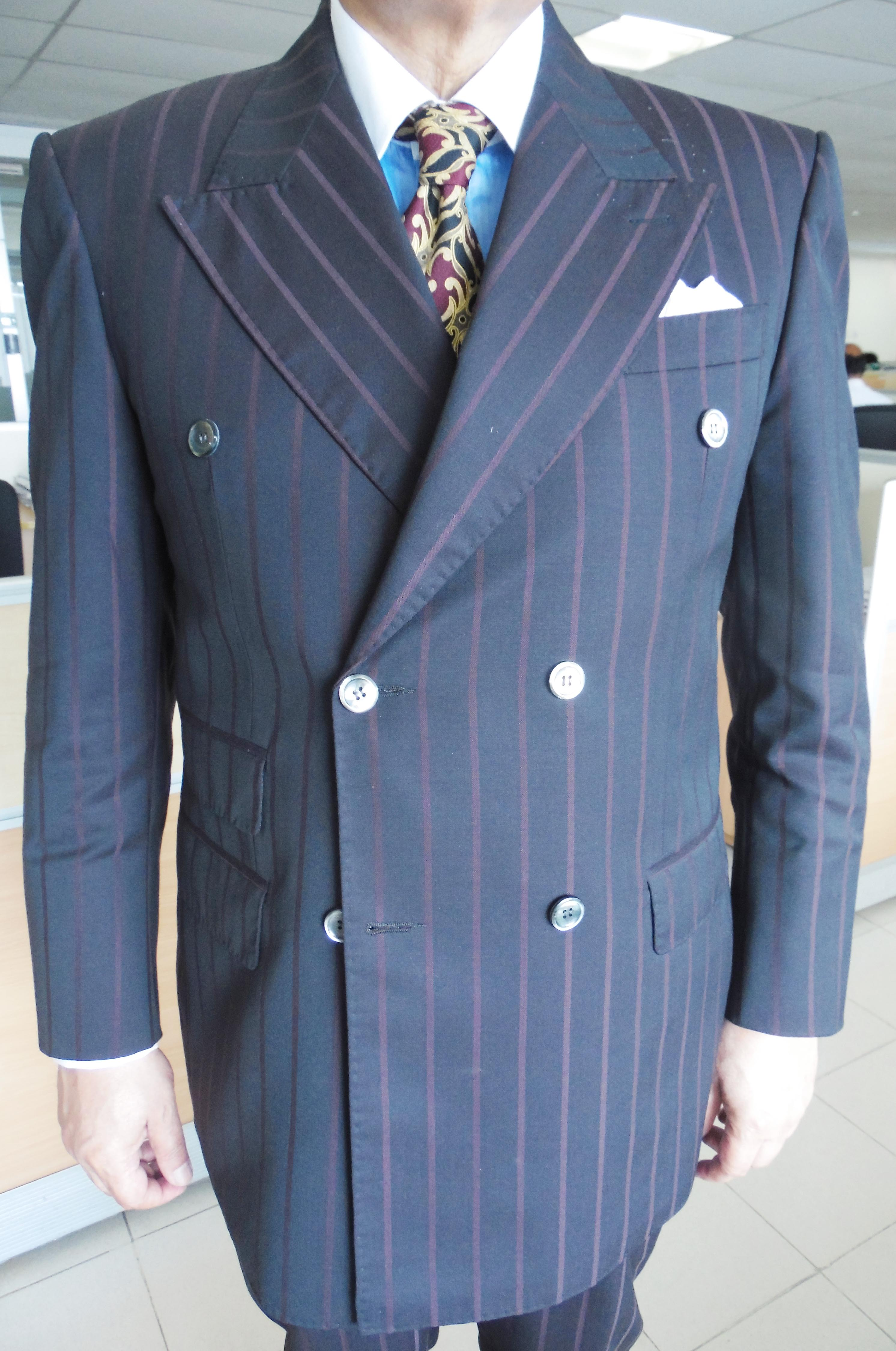 Woolen Deep Purple Double Breasted Wide Lapel Suit This