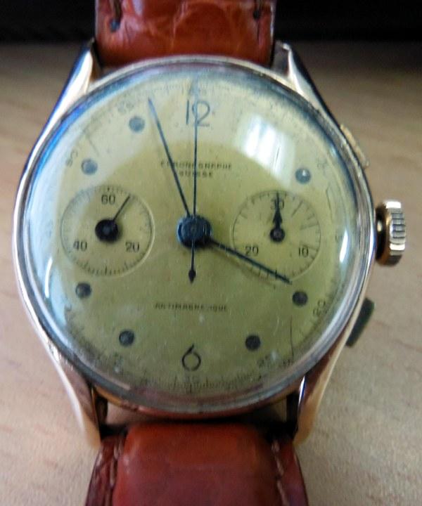 Chronographe suisse 18K Rose gold watch