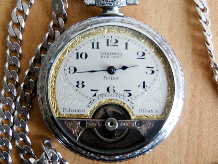 Windsor elegant pocket watch