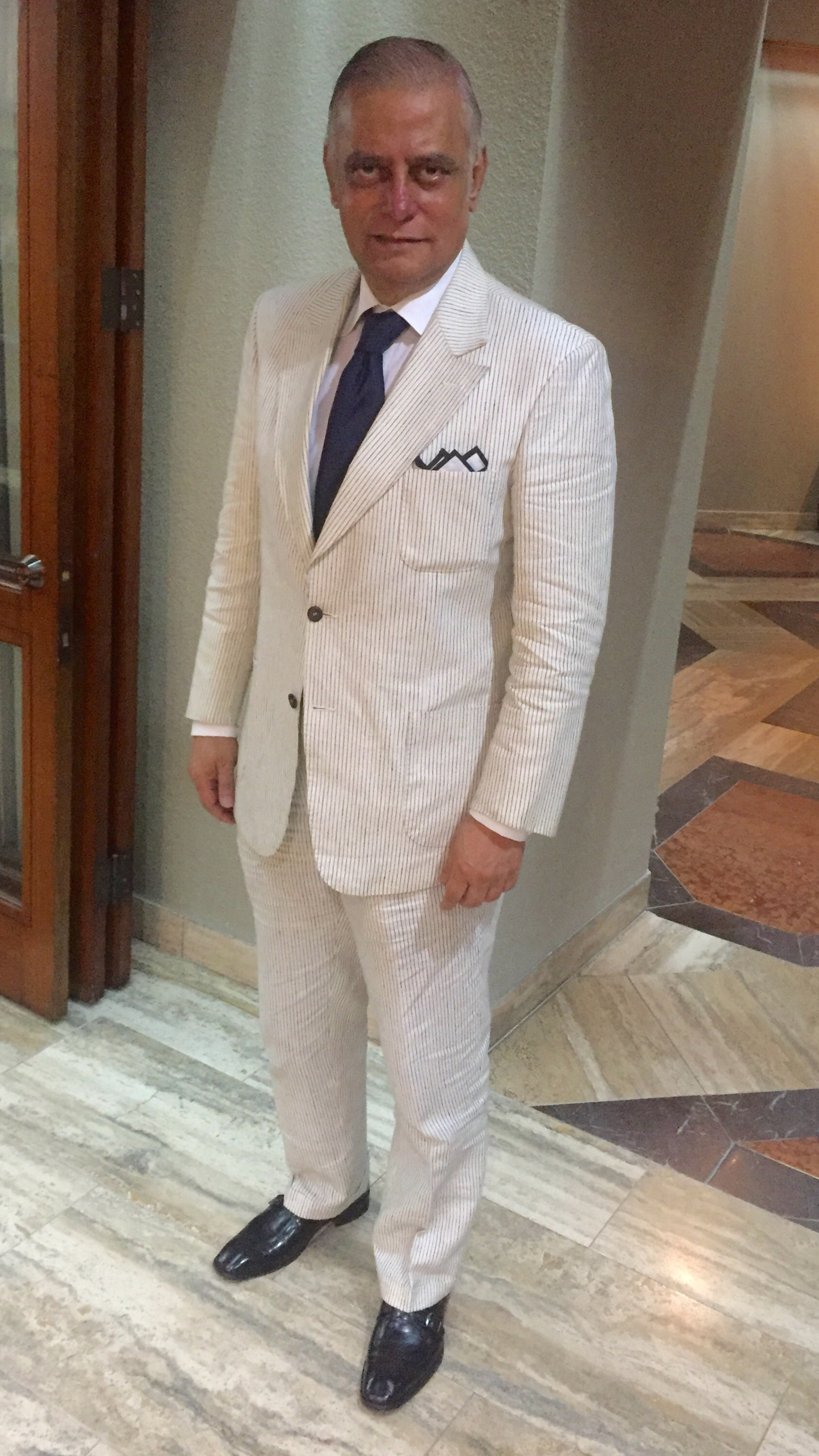 linen suit this is a about s style